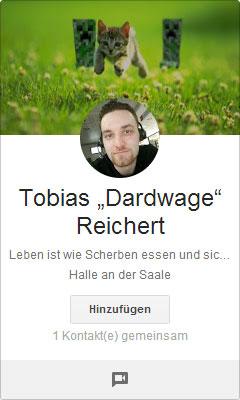 Google+ Profilbilder Picdump: Tobias Reichert wird von einem Kätzchen attackiert